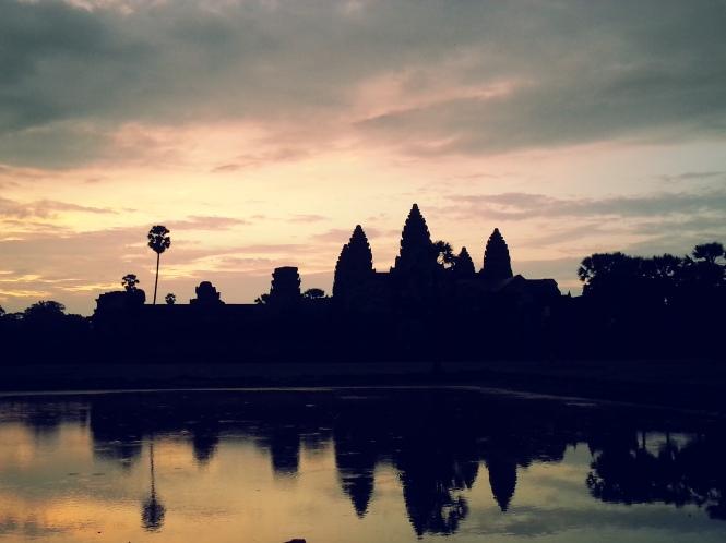 Angkor Wat, Camboya. El edificio religioso más grande del mundo.