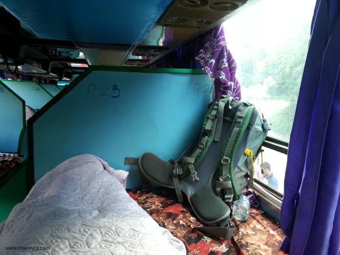 'Cama' que compartí en el bus nocturno a Luang Prabang