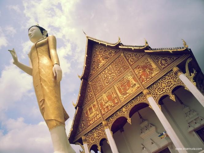 Templo adjunto a Pha That Luang. Vientiane
